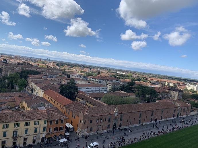ピサの斜塔からの風景